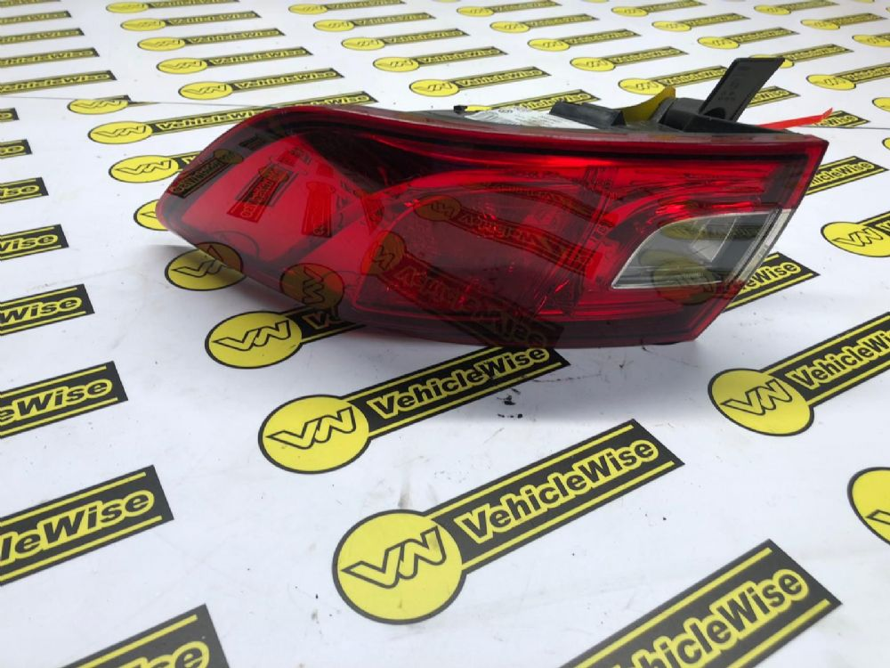 Renault Clio Mk4 2013-2017 REAR/TAIL LIGHT (DRIVER SIDE) 265509846R [BP]